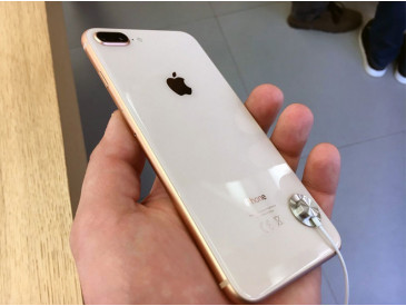 Обзор Apple iPhone 8 и iPhone 8 Plus